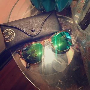 Rayban RB 3016 Green Flash Lens Clubmaster. 51mm